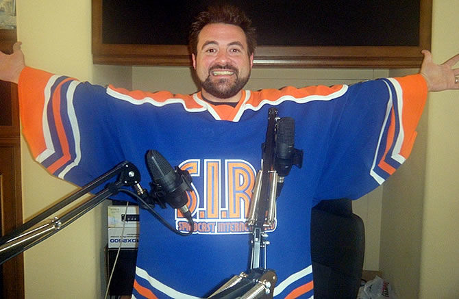 Shure gives ON AIR Voice to Kevin Smith for BI-COASTAL 'SMODCAST INTERNET RADIO' PODCASTS