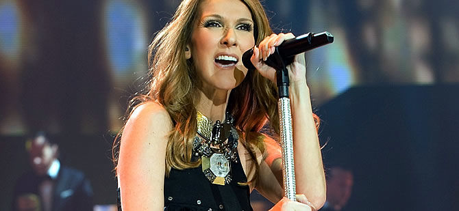 Celine Dion performing at Colosseum at Caesar's Palace Las Vegas. She uses a Sennheiser SKM 5200 II transmitter, coupled with a Neumann KMS 104 capsule