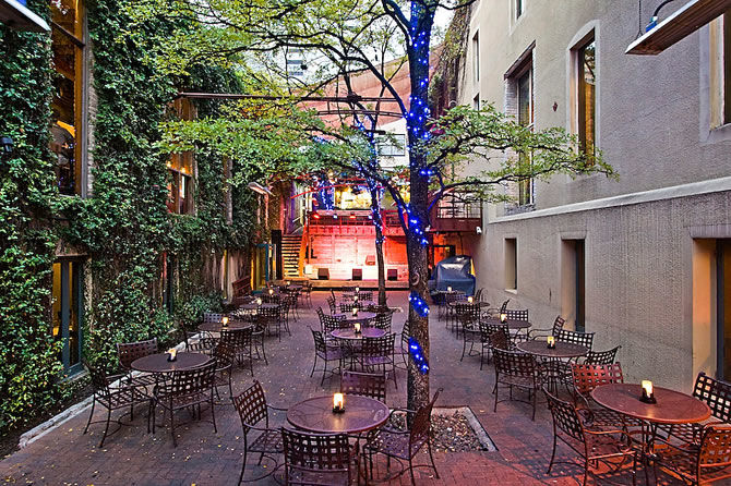Bose RoomMatch Loudspeakers Control the Sound for Austin's Cedar Street Courtyard