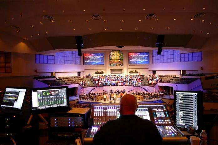 The front-of-house position at Green Acres Baptist Church in Tyler, Texas, featuring an SSL 500 console running Waves plugins with Waves MultiRack SoundGrid® and two Waves SoundGrid Extreme servers for DSP redundancy.